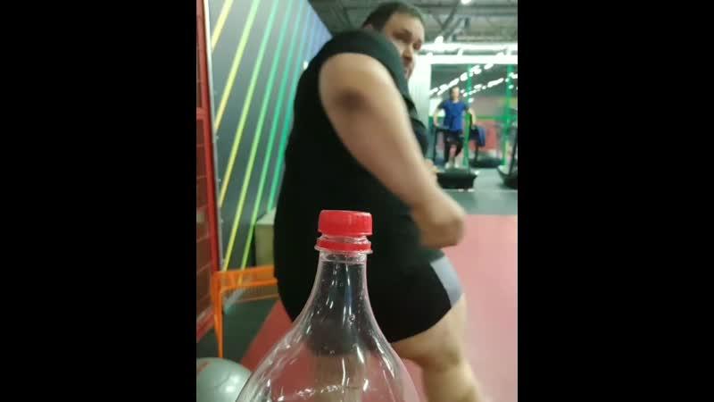 Денис Вильданов собств вес 215 кг Предлагает Магнитке челендж