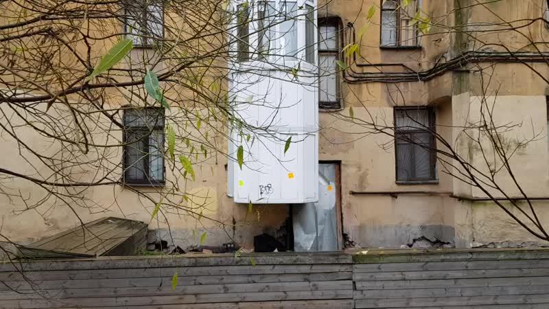 Шум в доме Тележная 31.