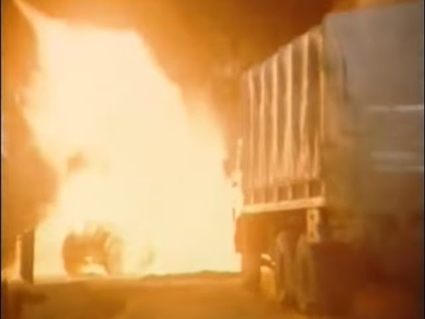 Кодекс молчания 1989 4 серия car crash scene