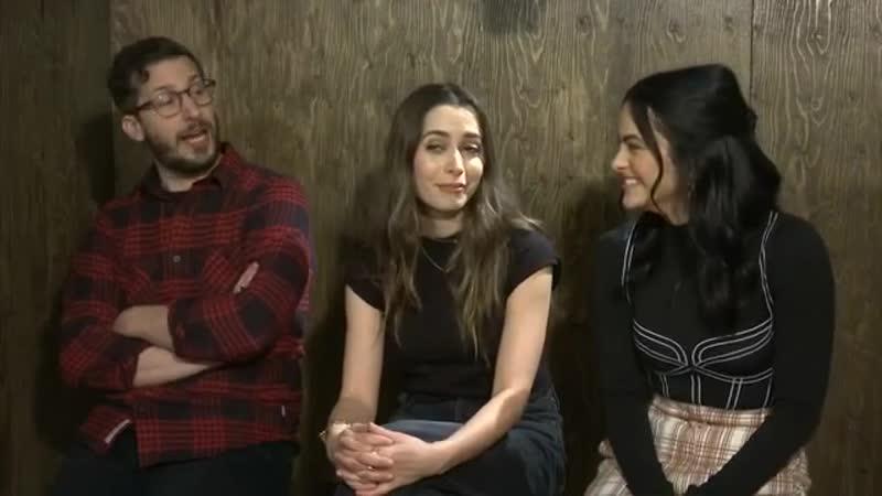 Интервью ›› 25 января 2020 Камила Мендес и каст Зависнуть в Палм Спрингс на панели Sundance Film Festival