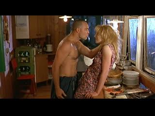 Худ.фильм эротика про девушку с которой грубо обращаются(есть бдсм) bambola(бамбола) -1996 год, валерия марини