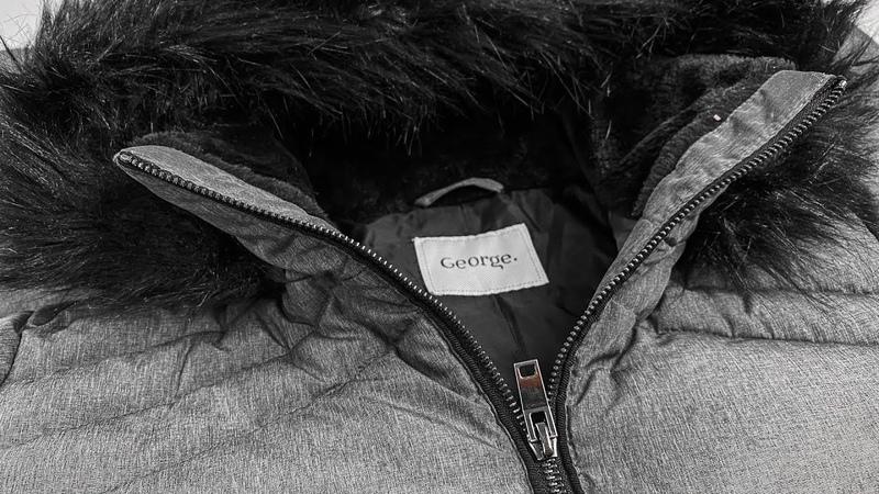 922537 Куртки с исправимыми дефектами Англия МСК Лот №77 12 9 кг Цена 10 5 евро кг