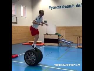 Спортсмен Андре Ригетти создал собственную полосу препятствий