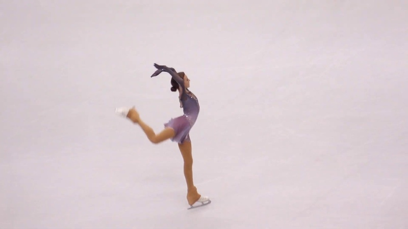 Daria Usacheva SP ISU Junior GP Final 2019 Turin Alt. angle
