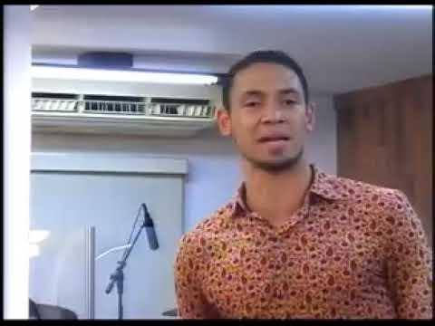 ⚫ Jogador de futebol Ricardo Oliveira, faz linda pregação na igreja