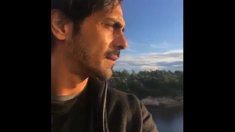 2017 год Юбилейный 15 й Bollywood Festival в Норвегии Арджун Рампал на вертолете над Осло видео 17