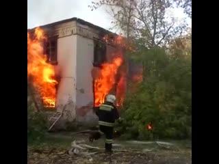На Вторчермете в третий раз загорелся дом, который готовят под снос