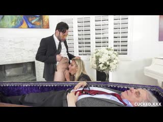 ♉Cucked - Grieving Widow Gets Cock She Truly Loves / Sophia Grace