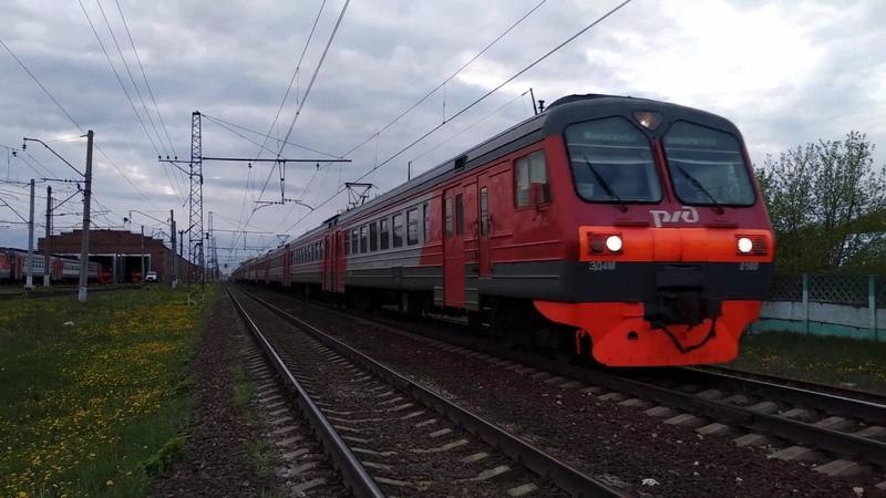 Электропоезд ЭД4М-0100 проносится мимо Раменского депо, Рязанское направление МЖД.