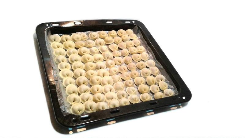 Как лепить минимум 500 пельменей за час ✧ Ручная раскладка фарша ✧ Идеальное пельменное тесто