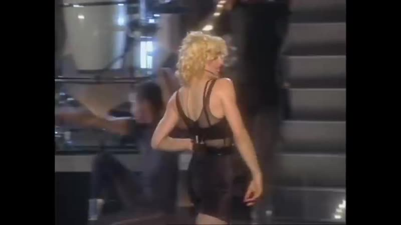 Madonna Vogue Live from The Blond Ambition Tour