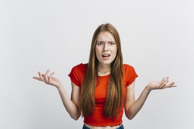 Что не так с организмом, когда у женщины растут волосы на груди