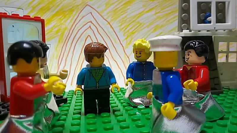Лего мультик Городок в табакерке отрывок