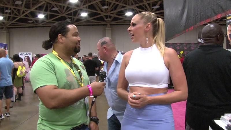 Gianna Michaels Interview at Exxxotica 2015