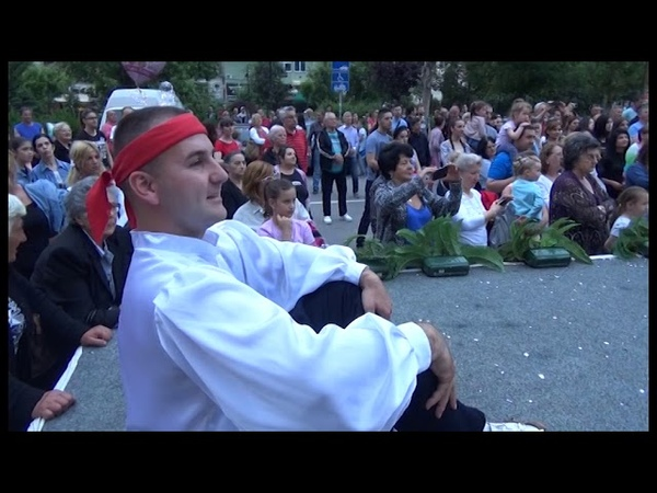 Mladenovac Kolo ljubavi u centru grada 27 05 2019