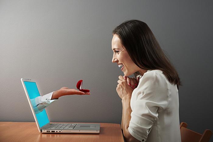 Мужчина с сайта. Брестчанка рассказала о своем опыте знакомств в Интернете