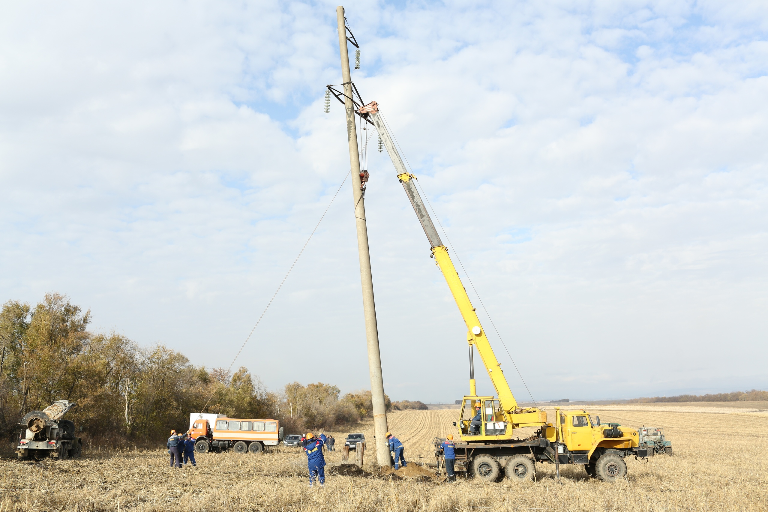 В населенных пунктах Зеленчуксого района планируется отключение электроэнергии