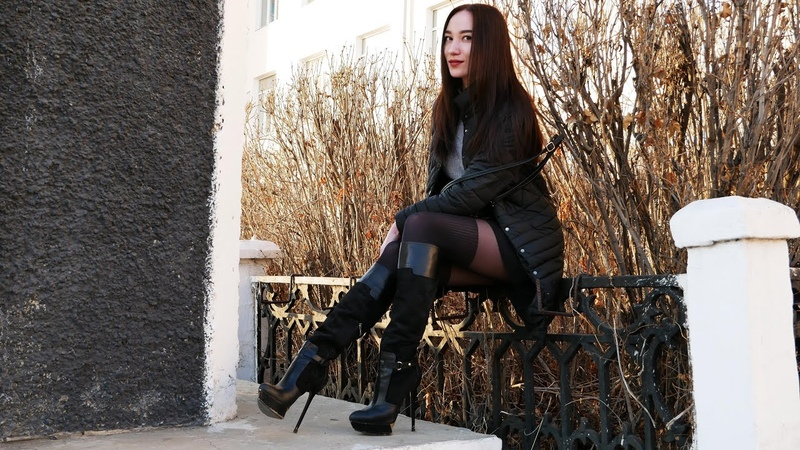 Christina's gold platform high heels Gianmarco Lorenzi boots Size 37 5 April 10 2018
