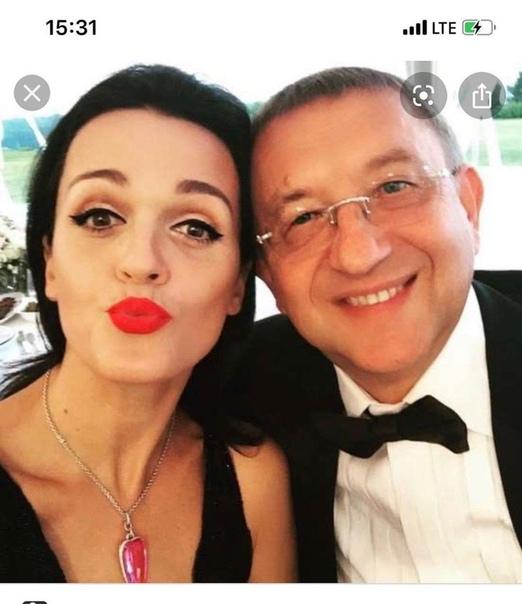 40-летняя певица Слава и ее муж, которому 68 лет Они вместе 18 летЛюбви все возрасты покорны! Согласны