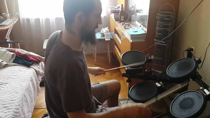 Артём Шевчук Чулков, барабанное соло №6, импровизация, импровизацийка (электронные барабаны).
