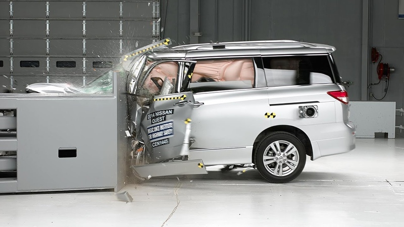 2014 Nissan Quest driver side small overlap IIHS crash test