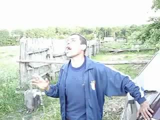 Поэт деревенский ептыть :D