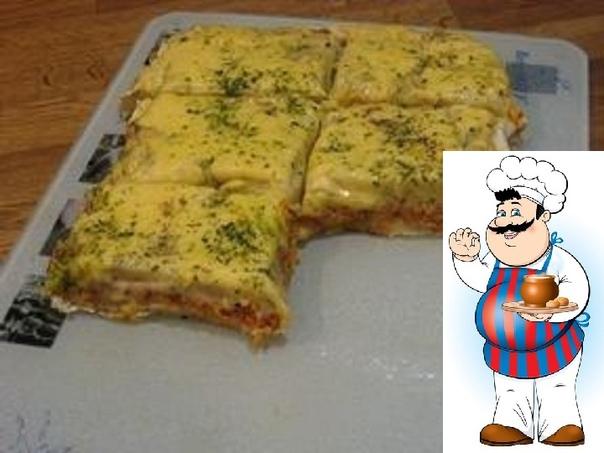 Картофельная запеканка с мясом Ингредиенты: -1200 грамм картофеля; -250 грамм любого отварного мяса; -150 грамм сыра в картофельное тесто; -150 грамм сыра для посыпки; -70 грамм томатной пасты;