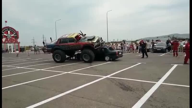 Шоу каскадеров в Анапе