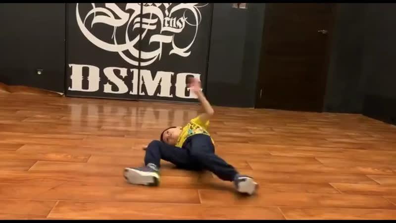 Dance school DSMG Coach Khalipov Yura Student Renat