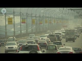 Новосибирск накрыло смогом и пылью. Что быстрее поможет горожанам - коммунальная техника или дожди
