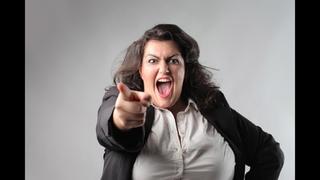 Заполошные упоротые феминистки открыто считают женщин неполноценными - на форуме левых (!!) сил (??)