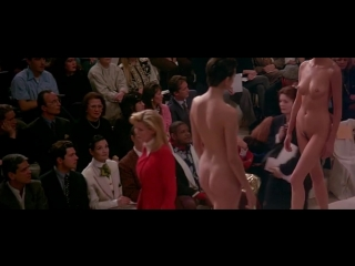 Nude fashion show in ready to wear (1994)
