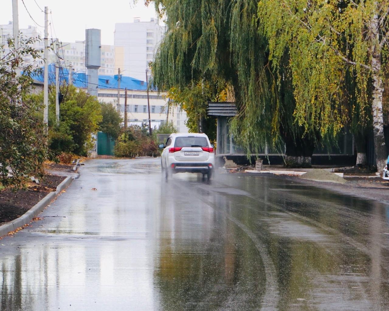 На объектах БКАД в Курске завершили укладку асфальта