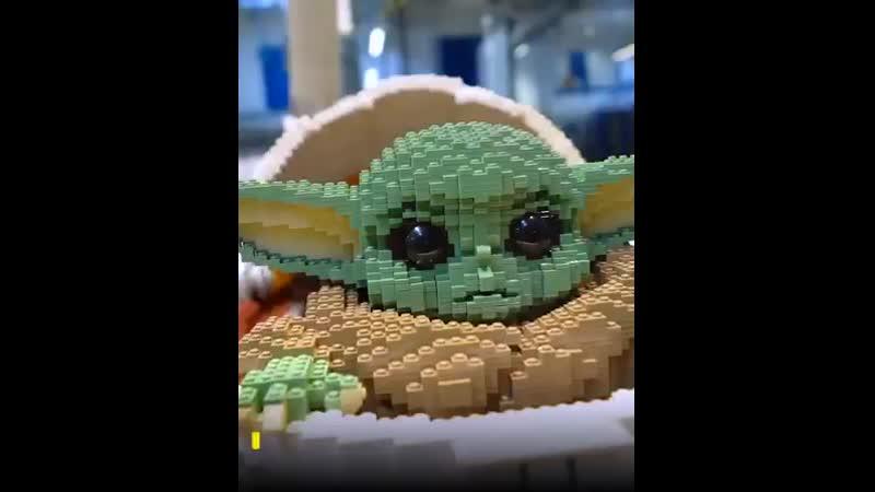 R televisionМалыш Йода в натуральную величину На создание понадобилось свыше 14 тысяч кубиков LEGO