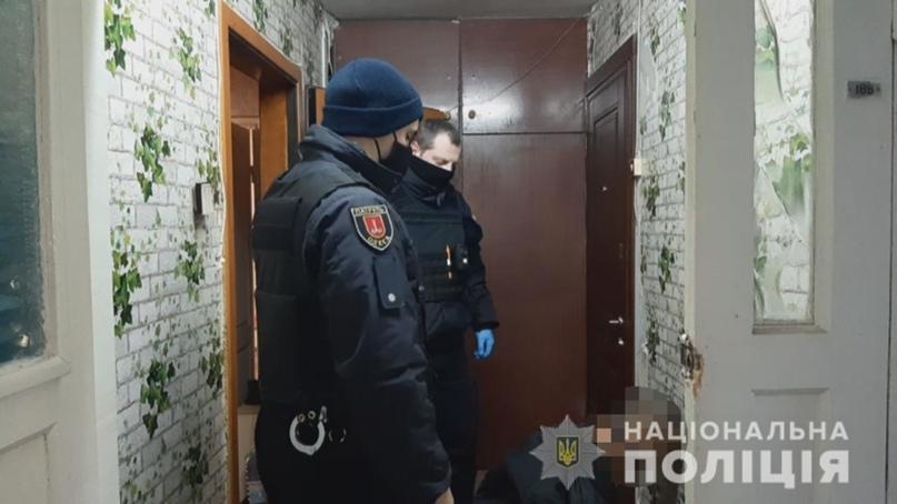 Бил человеческой головой по машинам: появились новые подробности жестокого убийства в Одессе