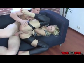 Начальник жестко трахнул в жопу наглую подчиненную. [порно, ебля, инцест, минет, трах,секс,измена]  Sexy Fucking Anal Porno