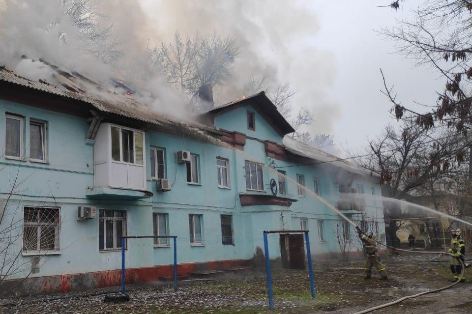 Пострадавшим от крупного пожара таганрожцам выделено 1,35 млн рублей