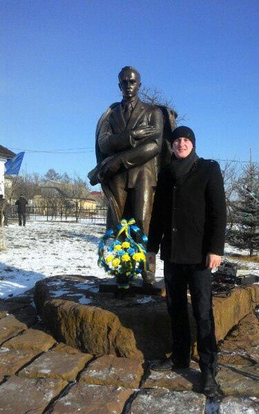 Andriy Segin, Галич, Украина