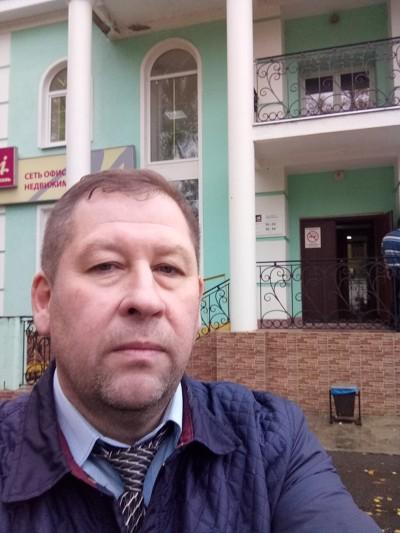 Сергей Елизарьев