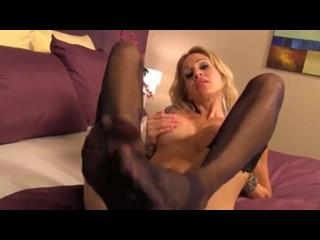 Sarah Jessie foot worship(в чулках foot feet fetish milf tattoos latin blonde ass tits )
