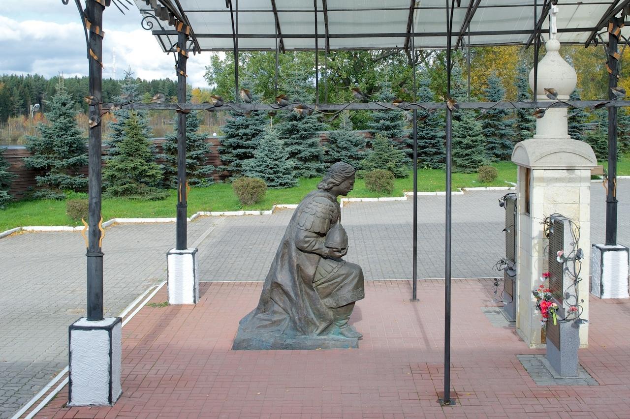 КОНСТАНТИНО-ЕЛЕНИНСКИЙ МОНАСТЫРЬ В ЛЕНИНСКОМ