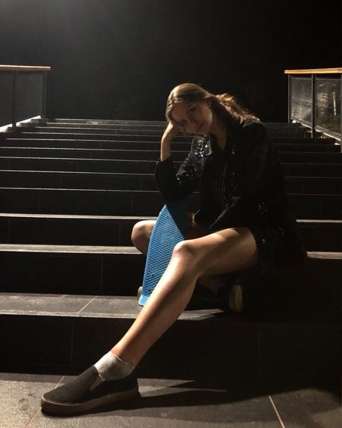 Модели онлайн сосенский работа фотомоделью в спб для девушек без опыта