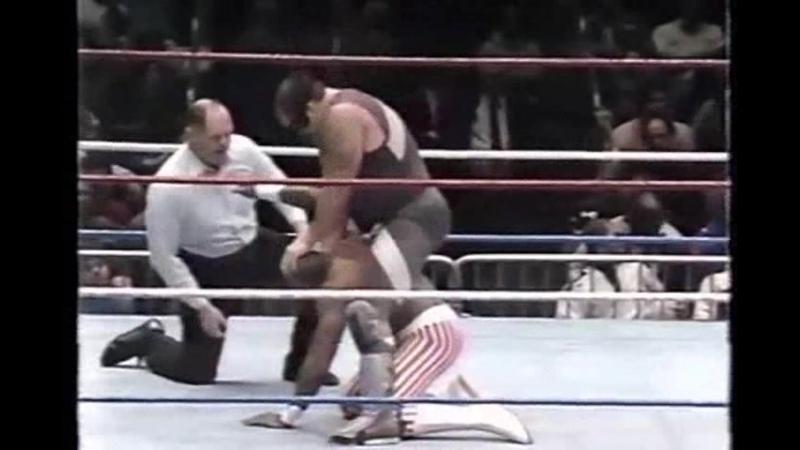 WWF MSG Madison Square Garden 31 01 1992 Repo Man vs nigger slave Virgil Рипо Мэн против ниггера раба Вирджила 11DeadFace
