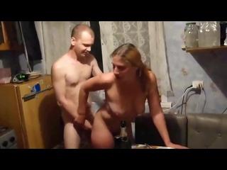 ТРАХАЮ СОСЕДКУ ЖЕНА СНИМАЕТ [СКВИРТ Анальный оргазм анал инцест изнасиловал измена оргия сексвайф русское фистинг выебал трахнул