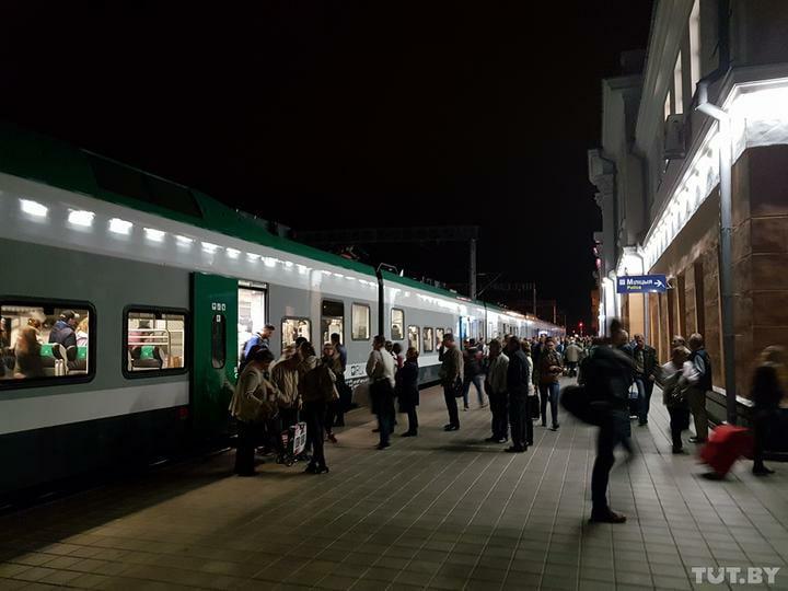 «Штадлер» Брест— Минск «потехническим причинам» больше часа стоял под Барановичами