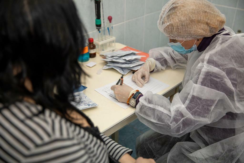 Получатели социальных услуг могут бесплатно привиться от covid-19 в поликлиниках Таганрога