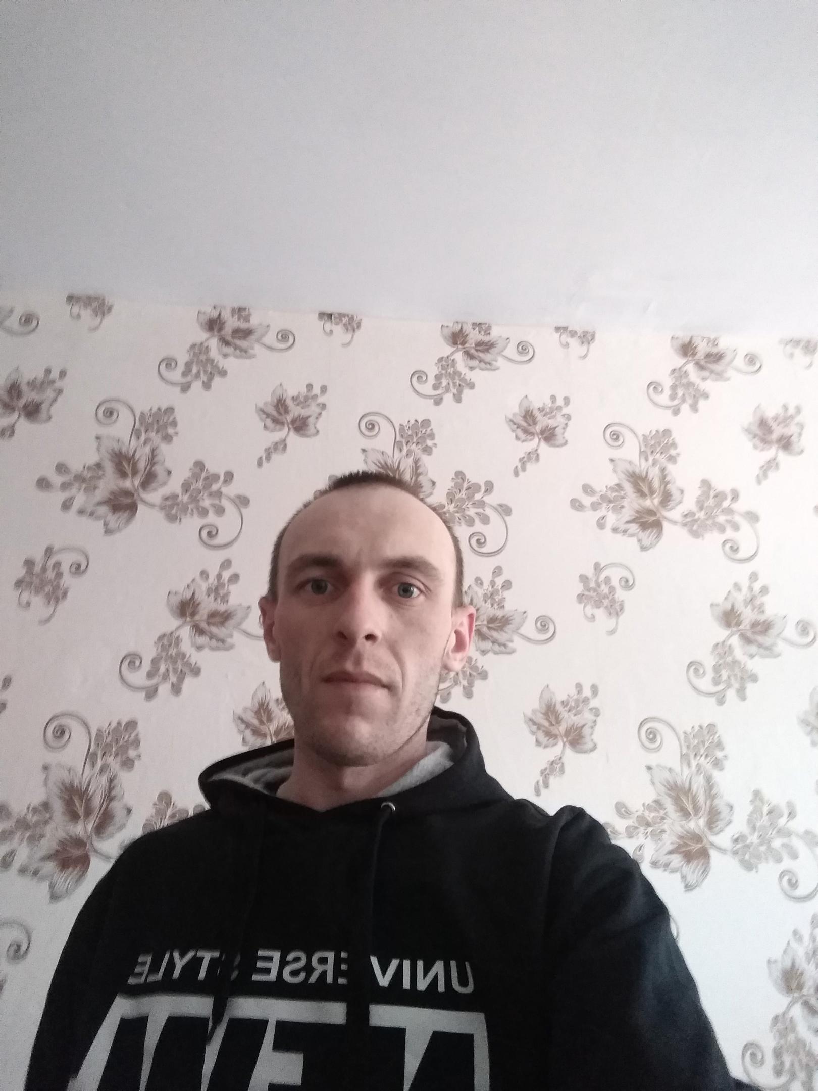 Олег, 30, Sorsk