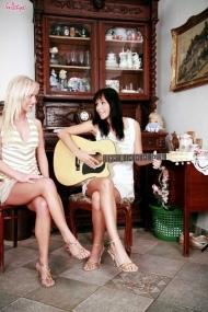 Соня и Элен