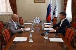 Игорь Артамонов оценил экономические потребности региона