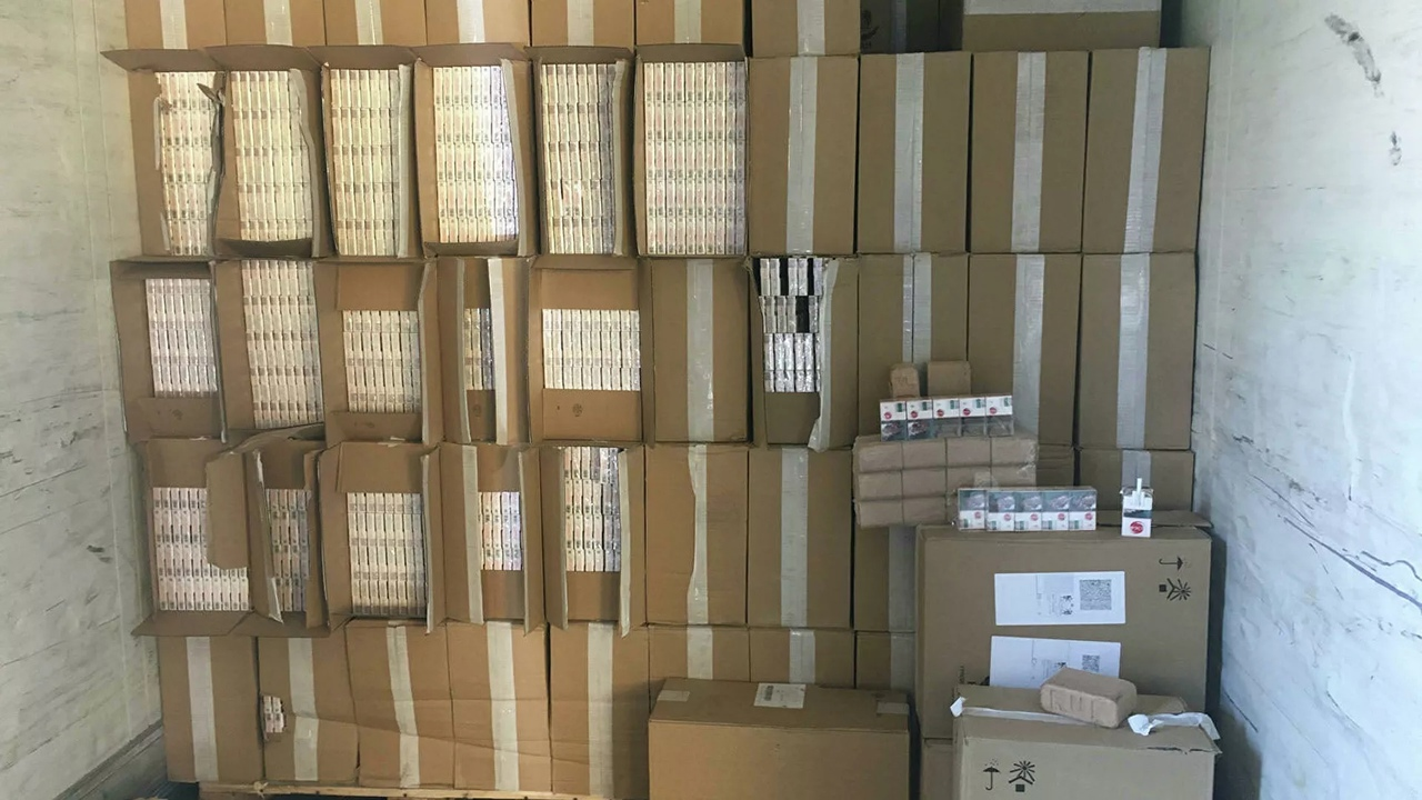 Контрабандные сигареты из Беларуси на 3,6 млн евро задержали в Литве